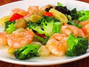 海老と野菜の料理